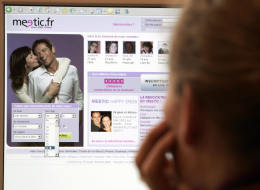 5 Common Online Dating Mistakes To Avoid