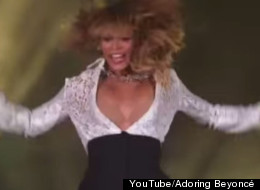 Beyoncé Dances Her Way Out Of Her Dress