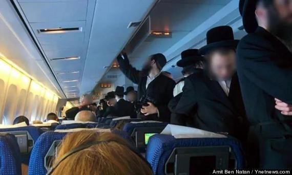orthodox jews cause flight delay