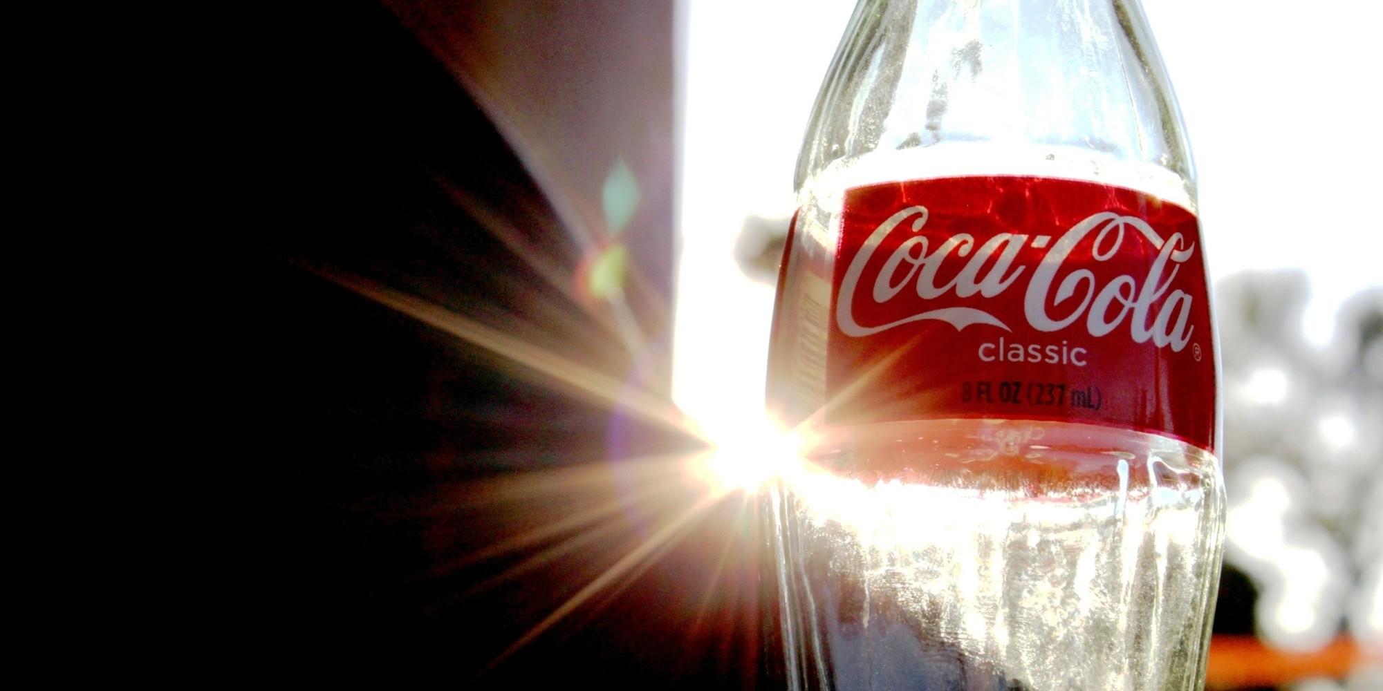 Ads: 10 Iconic Coca-Cola TV Ads That Prove Vintage Commercials