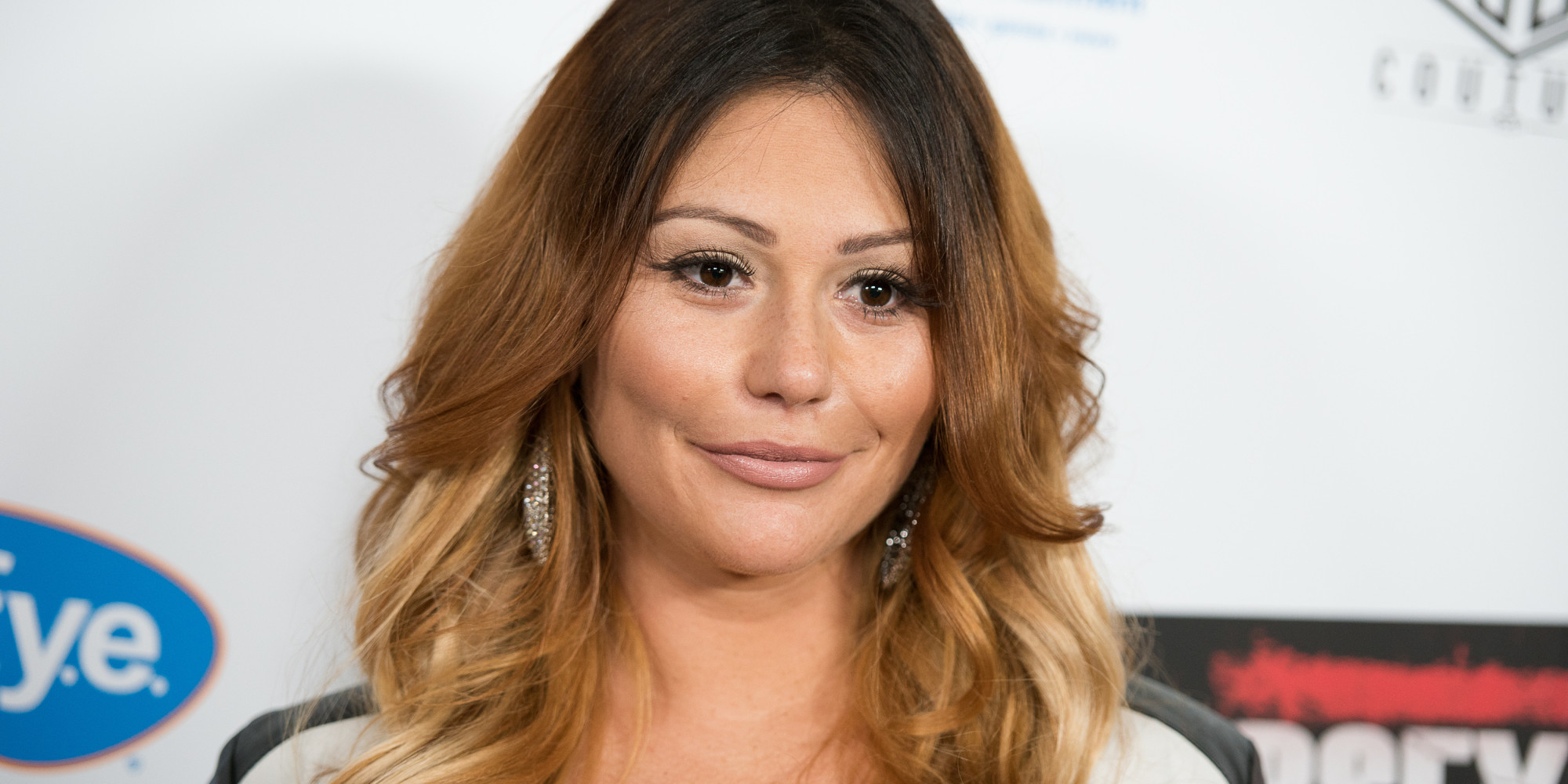 Jwoww Shaves Her Head Dyes Hair Back To Black Huffpost