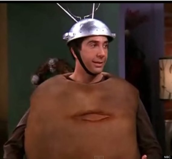 Friends Tv Show Halloween Costumes Ideas.14 Hilarious Halloween Costume Ideas Taken Straight From Tv