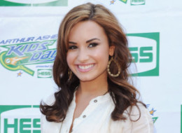 Demi Lovato Treatment on Laugh And Saw Her  She Looked Like This   S Demi Lovato Rehab Large
