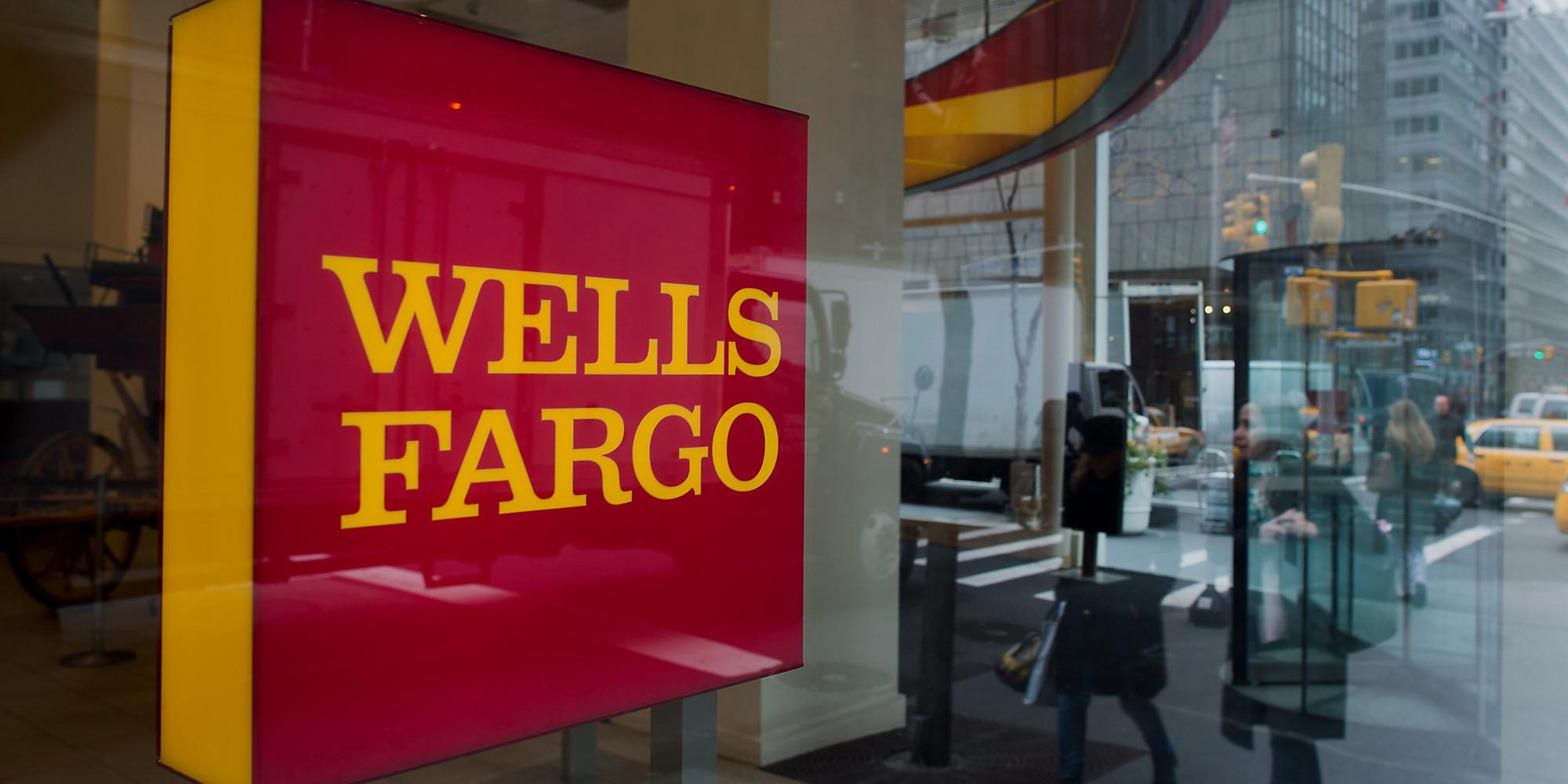 wells fargo bank na 936 address