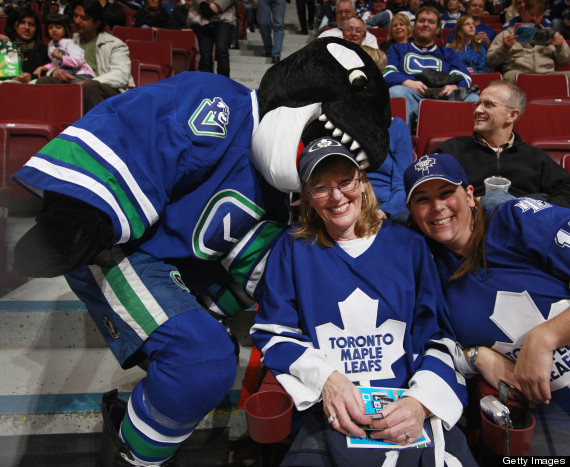 vancouver canucks fans leafs