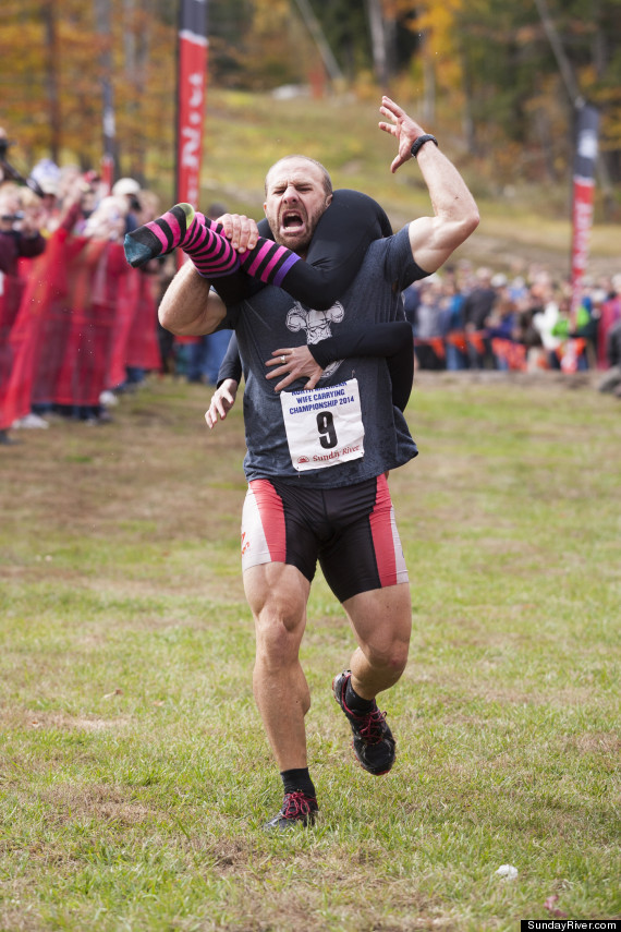 wife carrying 1