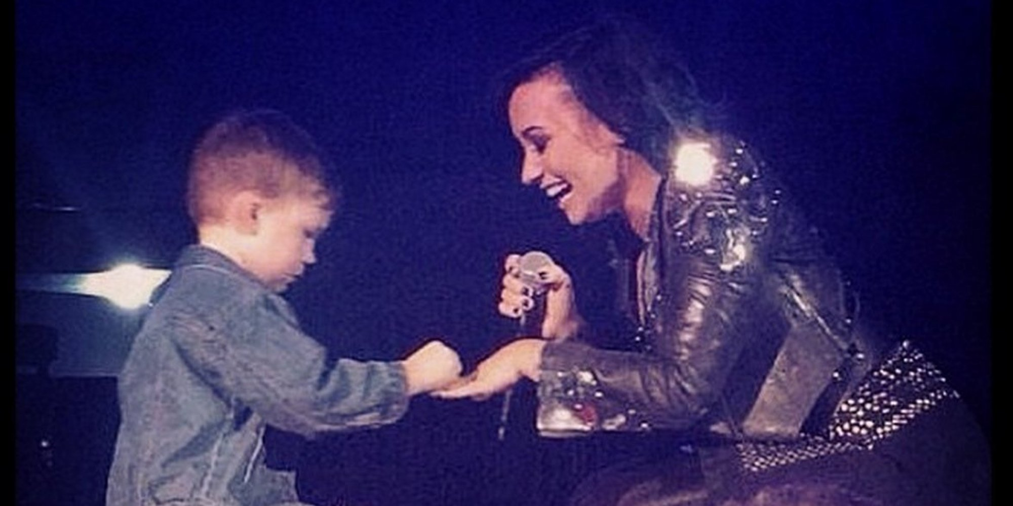 Demi Lovato Engaged Facebook Adorable Lima Year Fan Proposed Stage Huffpost