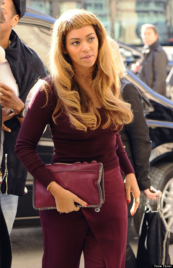 Beyonce Rocks Some Very Short Bangs Huffpost
