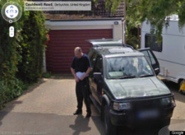 Google Street View Fingers Perp