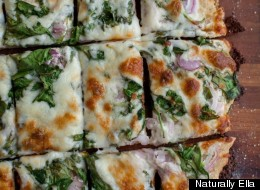 You're Eating Spinach Ranch Pizza For Dinner Tonight