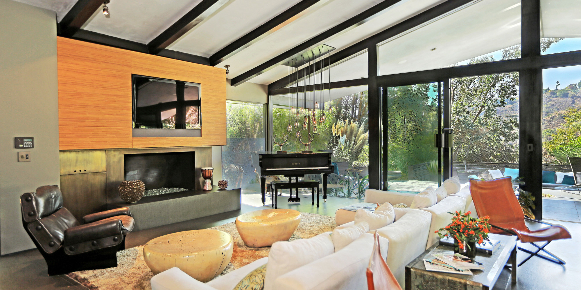 Celebrity Homes Pictures Videos Breaking News - Real home design