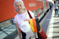 Seniorin auf Reisen | Bild: PA