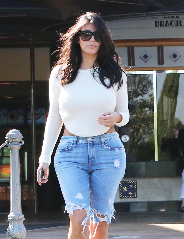 Kim Kardashian Wears