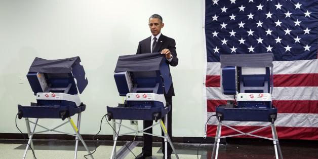Présidentielle américaine : le président Obama a voté de façon anticipée à Chicago...Photos