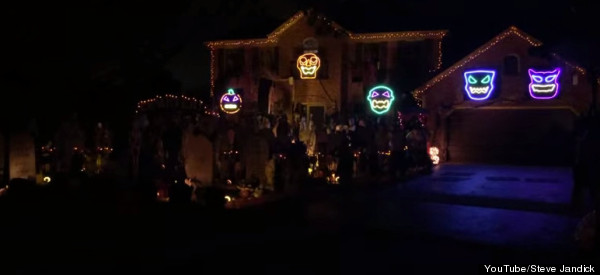 This 'Bohemian Rhapsody' Light Show Is Next-Level Halloween Decor