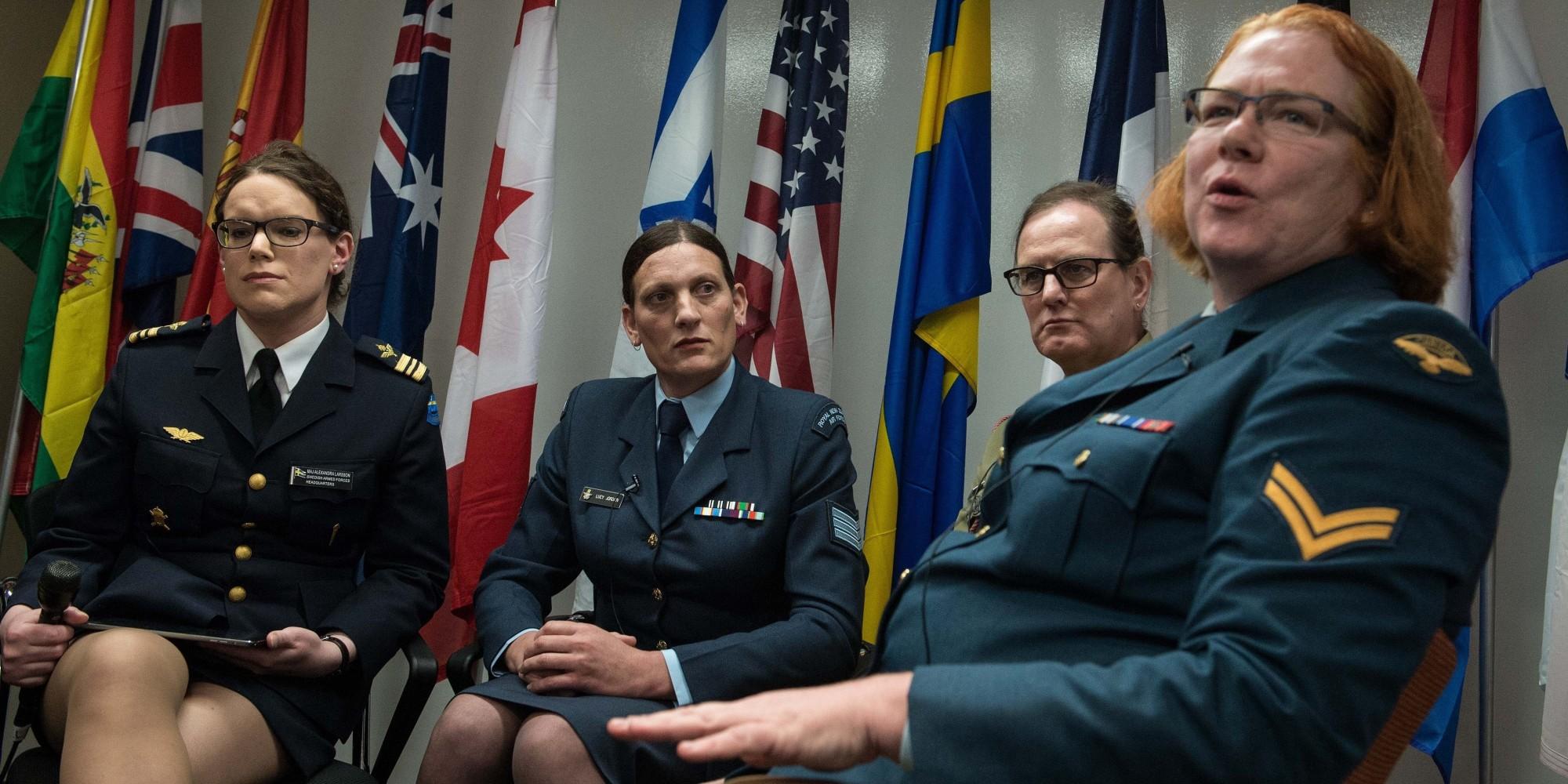 transvestiti-v-armii