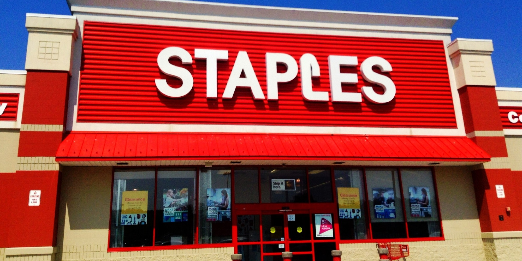 Rewards may be redeemed at any Staples store, on alinapant.ml, or by phone at by the expiration date printed on your Reward. Rewards are not redeemable for cash. To redeem, valid membership must be presented by the member listed on the reward. Staples is not liable for unclaimed or expired Rewards.