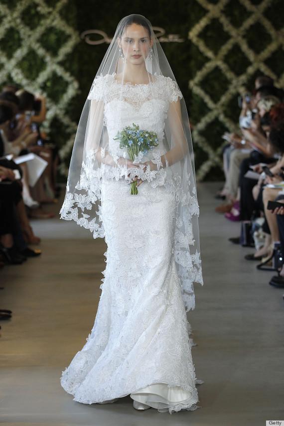 Oscar De La Renta S Wedding Dress Legacy Will Never Be