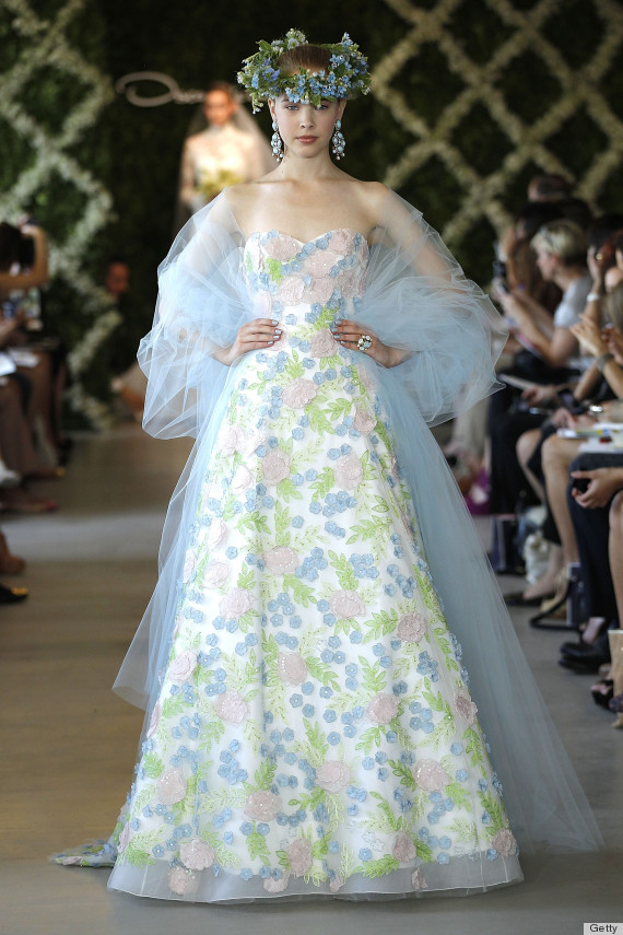 Oscar De La Rentas Wedding Dress Legacy Will Never Be Forgotten