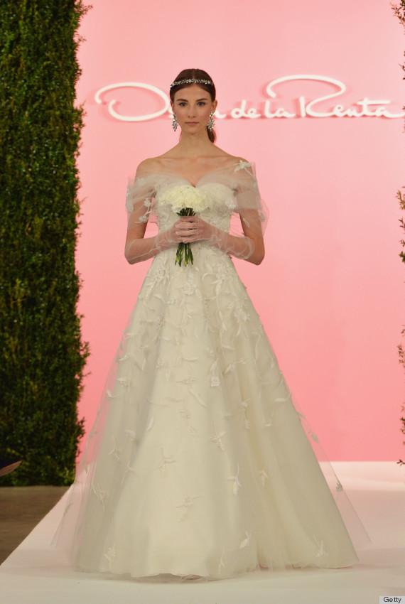 Oscar De La Renta\'s Wedding Dress Legacy Will Never Be Forgotten ...