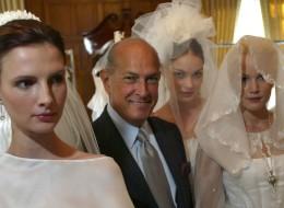 How Oscar de la Renta Made Brides Fall In Love Again