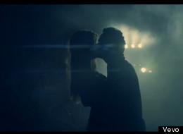 Mira a Marc y Shannon en un sexy y romántico video