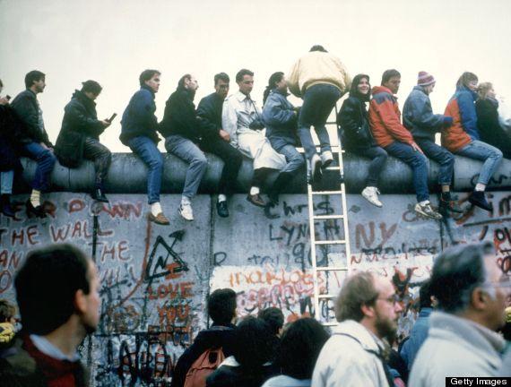 berlin wall fall 1989
