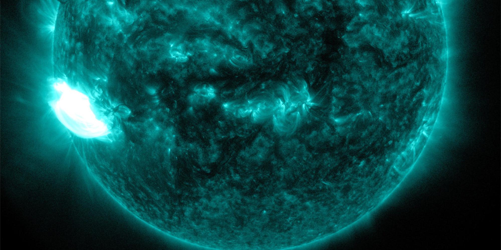Sun Unleashes Powerful X-Class Solar Flare