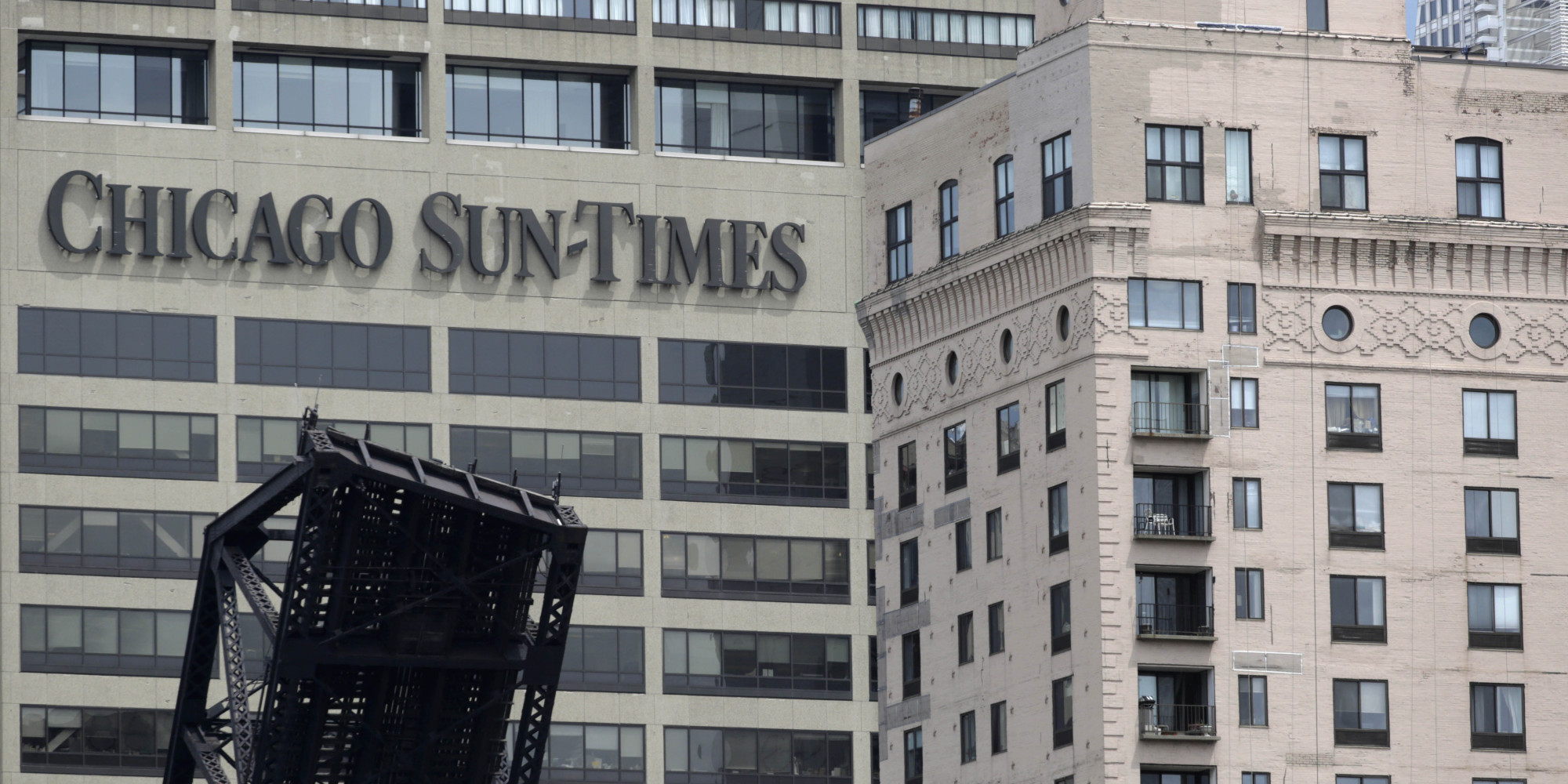 Chicago Sun-Times Reporter Resigns, Says Paper 'No Longer ...