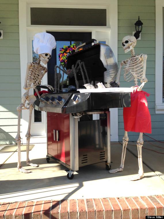 These Goofy Halloween Skeletons Will Make You Shriek In