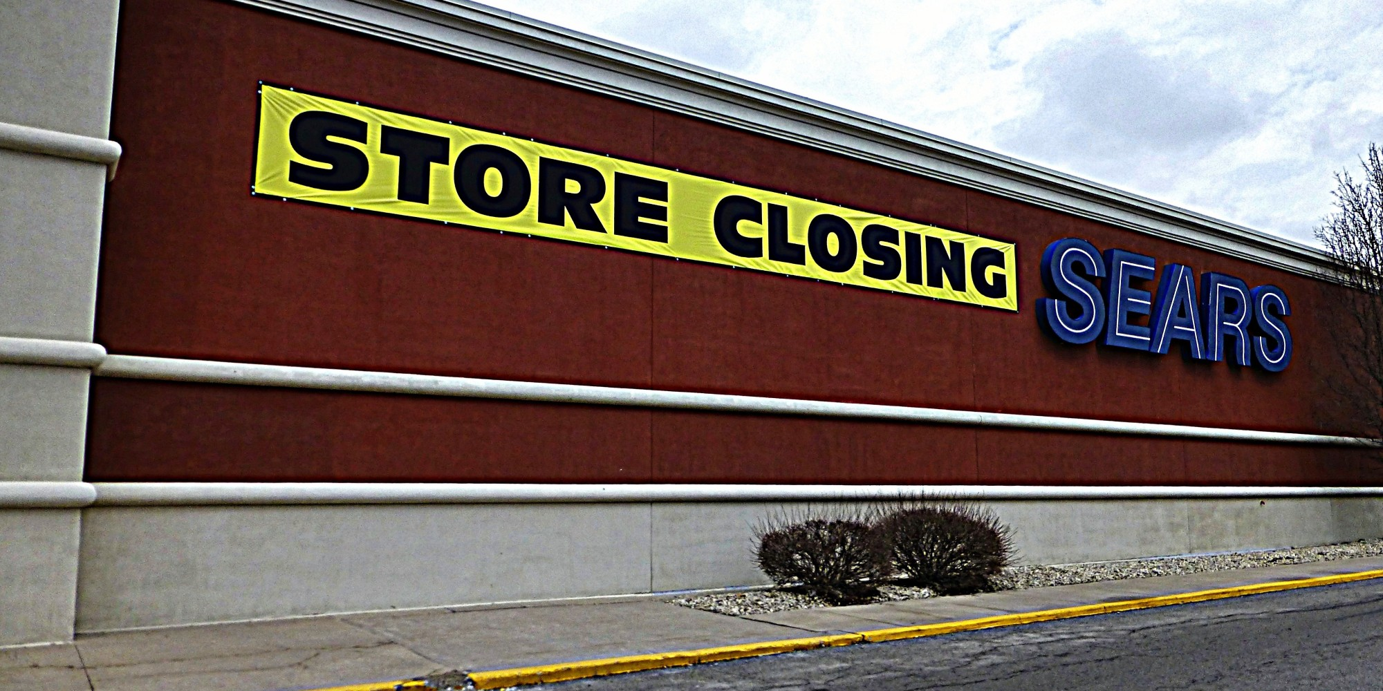 Sears Reportedly Closing More Than 100 Stores, Laying Off 5,457 ...