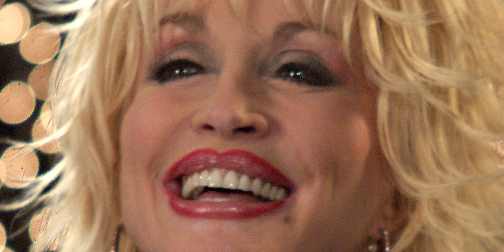 Dolly Parton Chastises Christians For 'Judging' LGBT Community