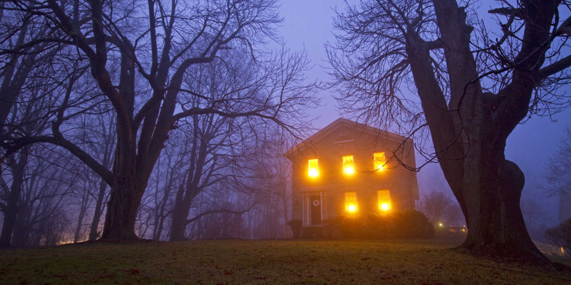 I need a bit of help with the description of a haunted house/paranormal activities?