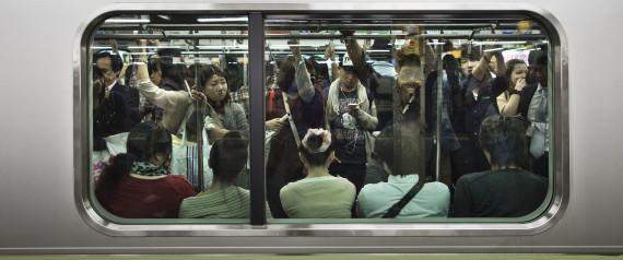 JAPAN CROWDED TRAIN