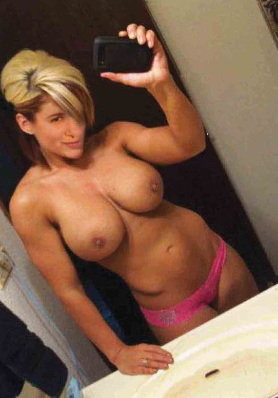 Hot nude women selfies sex