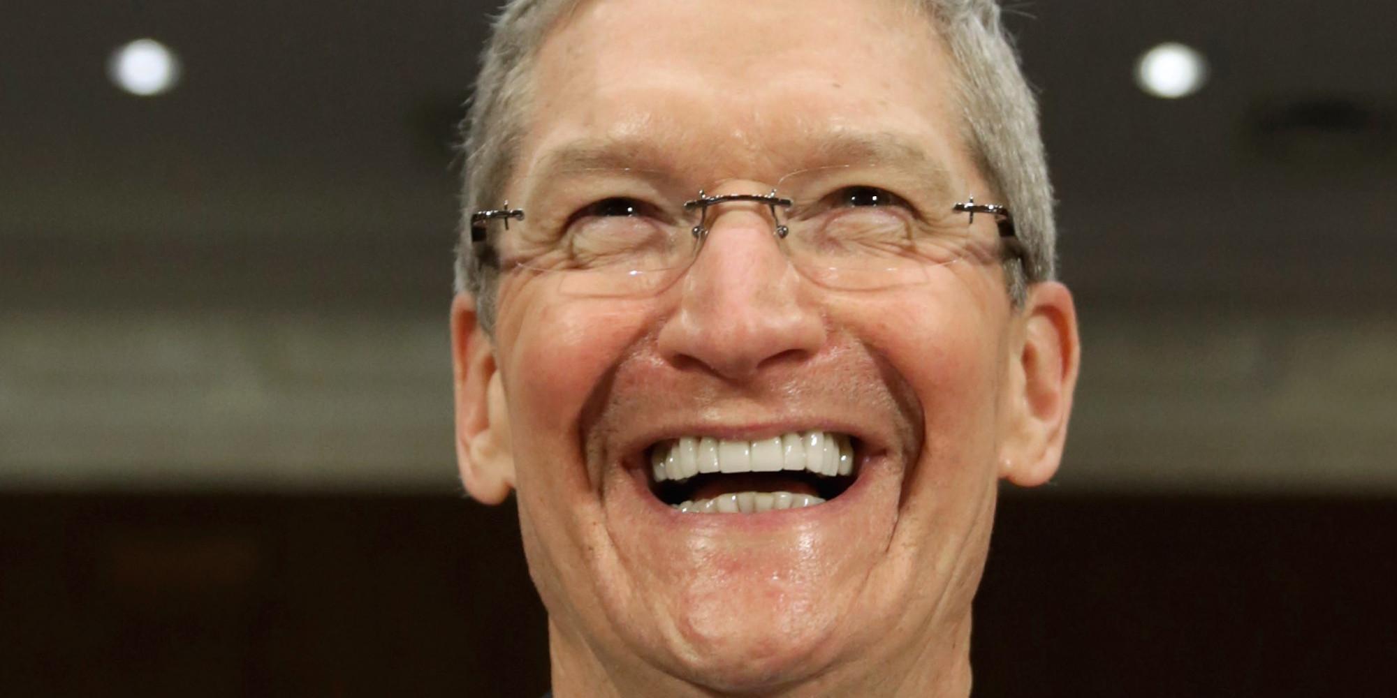 """애플 CEO 팀 쿡, 커밍아웃...""""게이인 것이 자랑스럽다"""""""