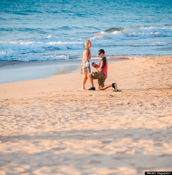 Wedding Proposal Ideas Beach: This Couple Had No Idea Their Picture Was Being Taken