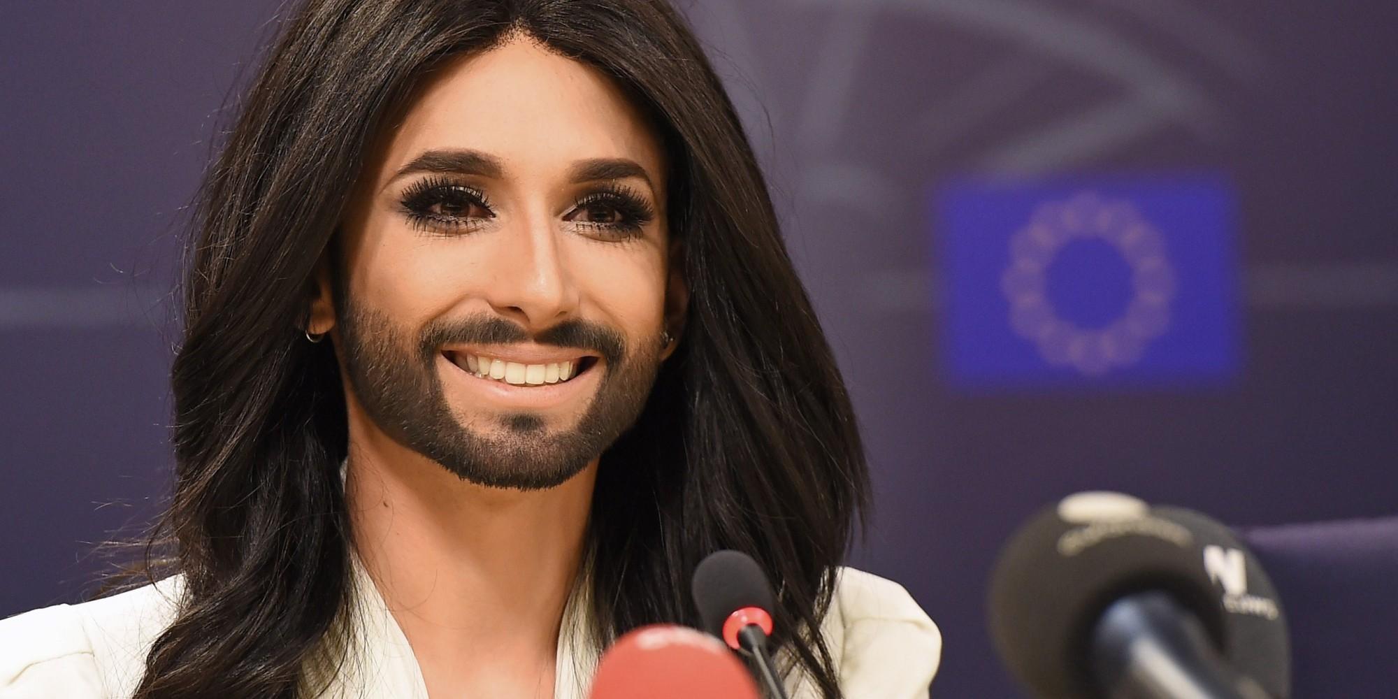 Conchita Wurst To Hit Paris S Crazy Horse For Burlesque