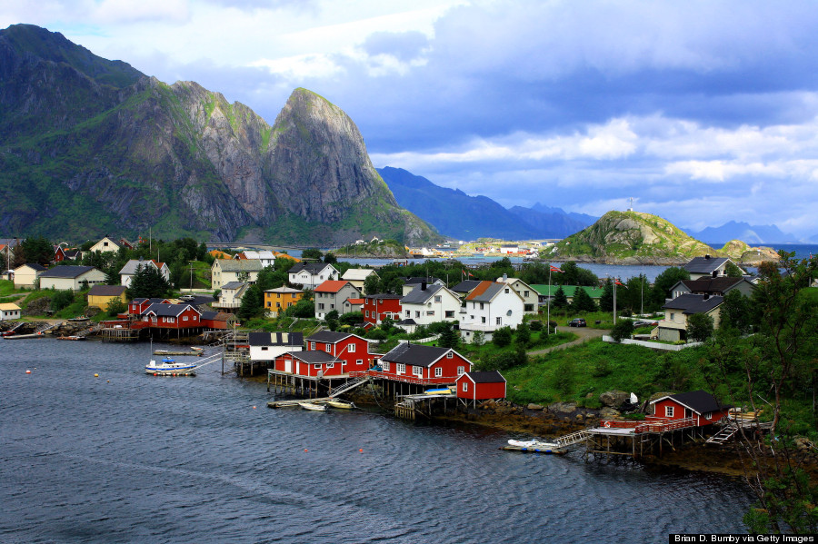 Quaint fishing village reine will make you want to run off for Best fishing in usa