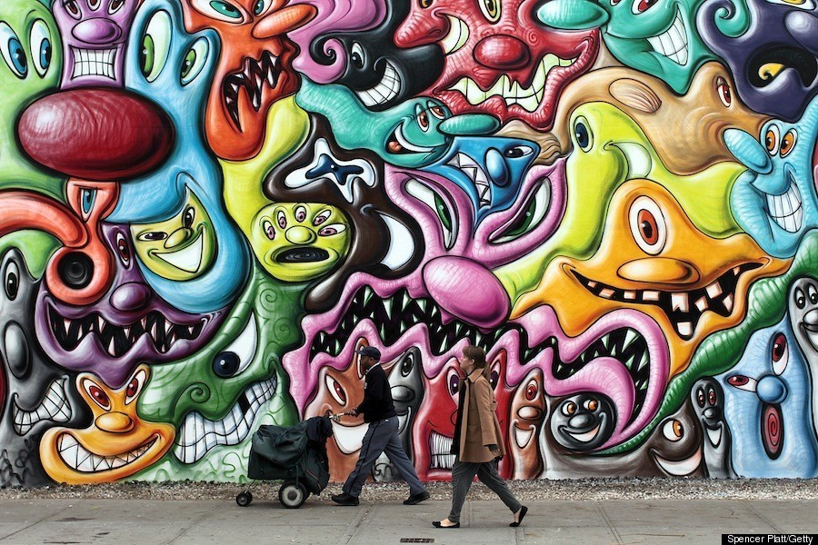 Kenny scharf 39 s houston street mural is up photos huffpost for Graffiti mural