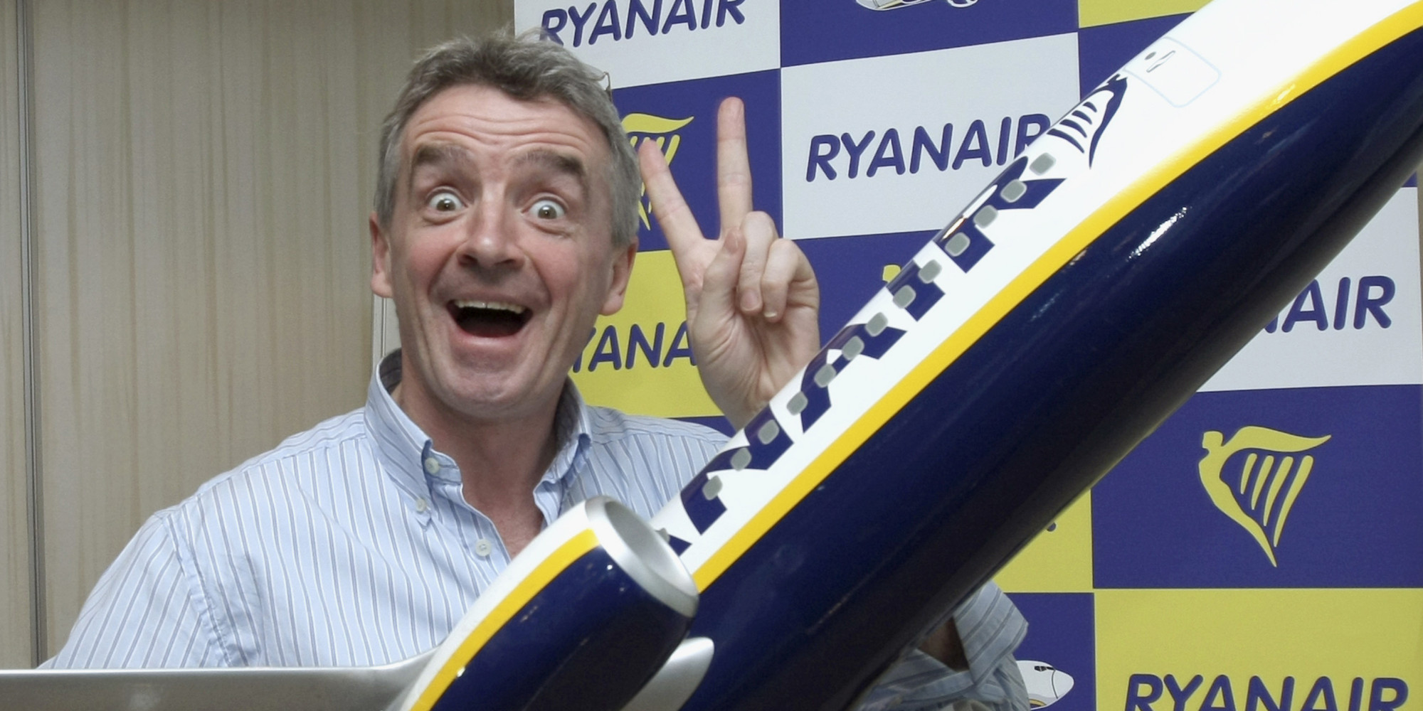 micheal o leary transformational leadership in ryan air Michael kevin o'leary is an irish businessman and the chief executive officer of the irish airline ryanair he is one of ireland's wealthiest businessmen early life.