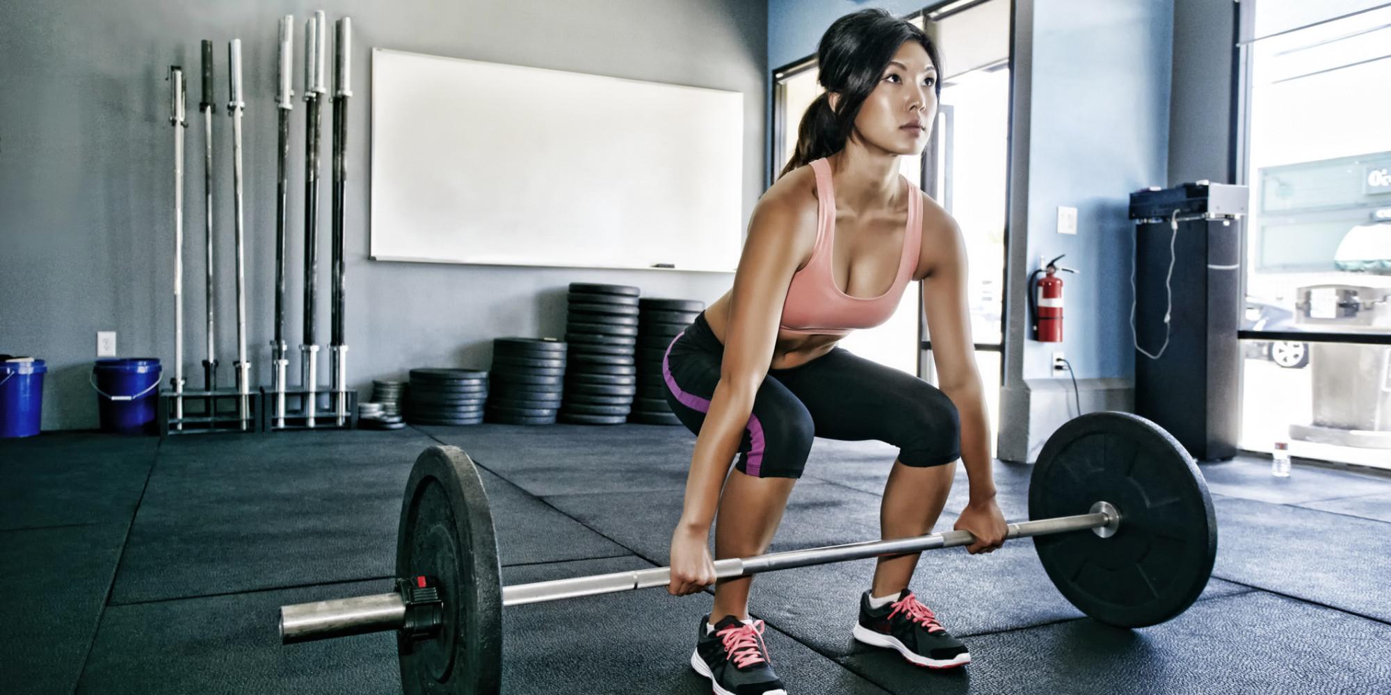 nude female strength training