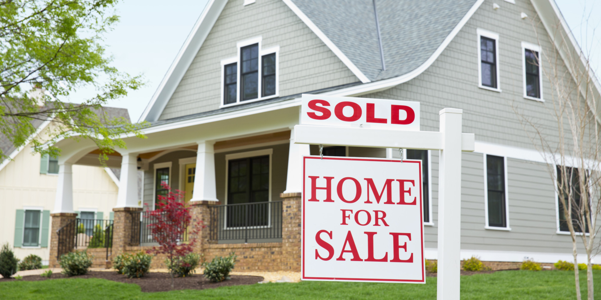 The risks in making real estate offers without subjects for House pictures for sale