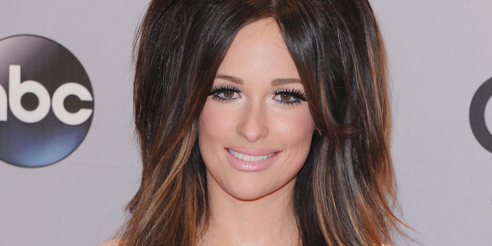 Kacey Musgraves: Kacey Musgraves' Hair Takes Over The 2014 CMA Awards Red