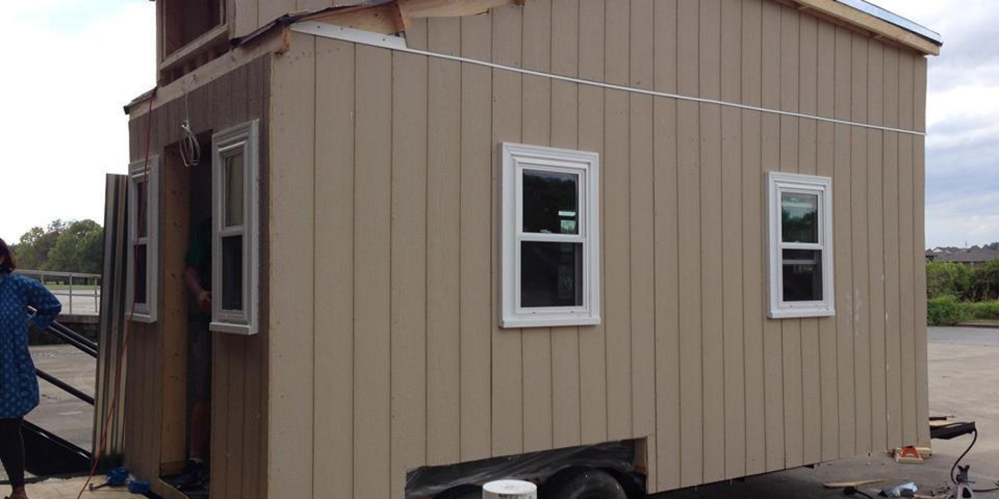 Alabama Frat Is Building Tiny Houses For Homeless Because Theyre