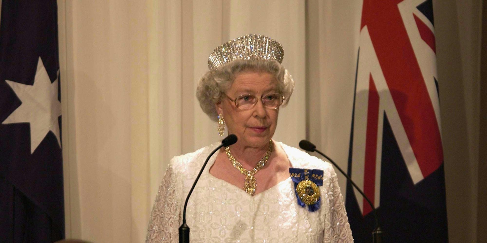 Regina elisabetta ii sventato un attentato contro la for La regina elisabetta 2