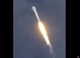 Space X Dragon Launch
