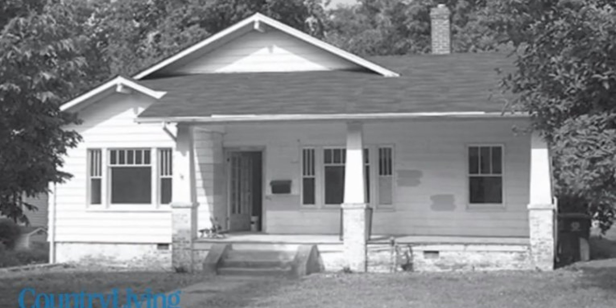 9 incredible exterior makeovers that gave old homes dramatic curb appeal huffpost - Exterior mobile home makeover ...