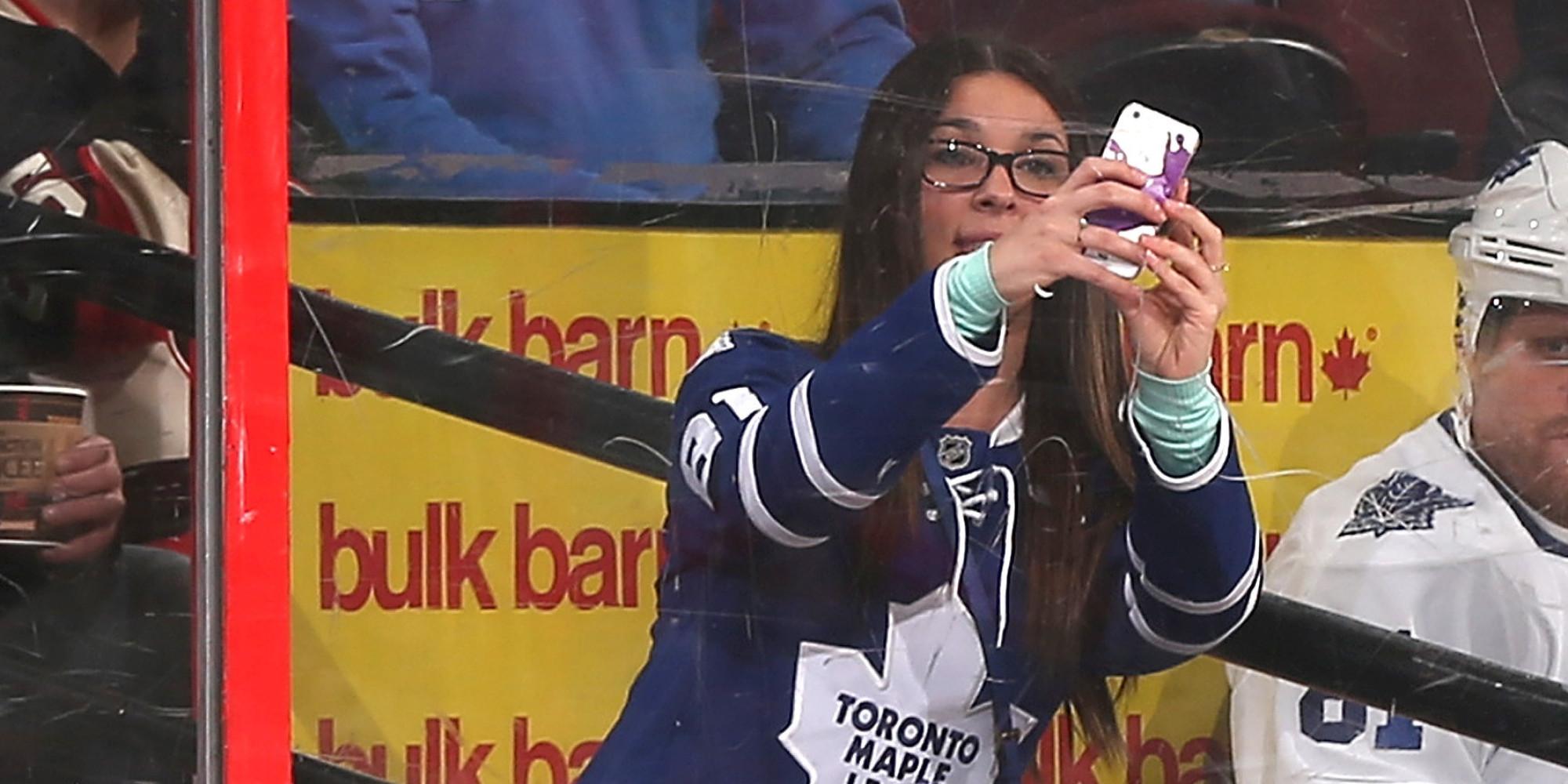 fan scores penalty box selfie with maple leafs u0026 39 phil kessel Ugly  Toothless Men