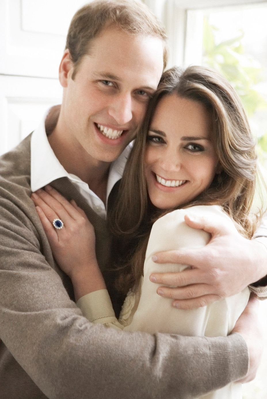 Prince william kate middleton official engagement photos released